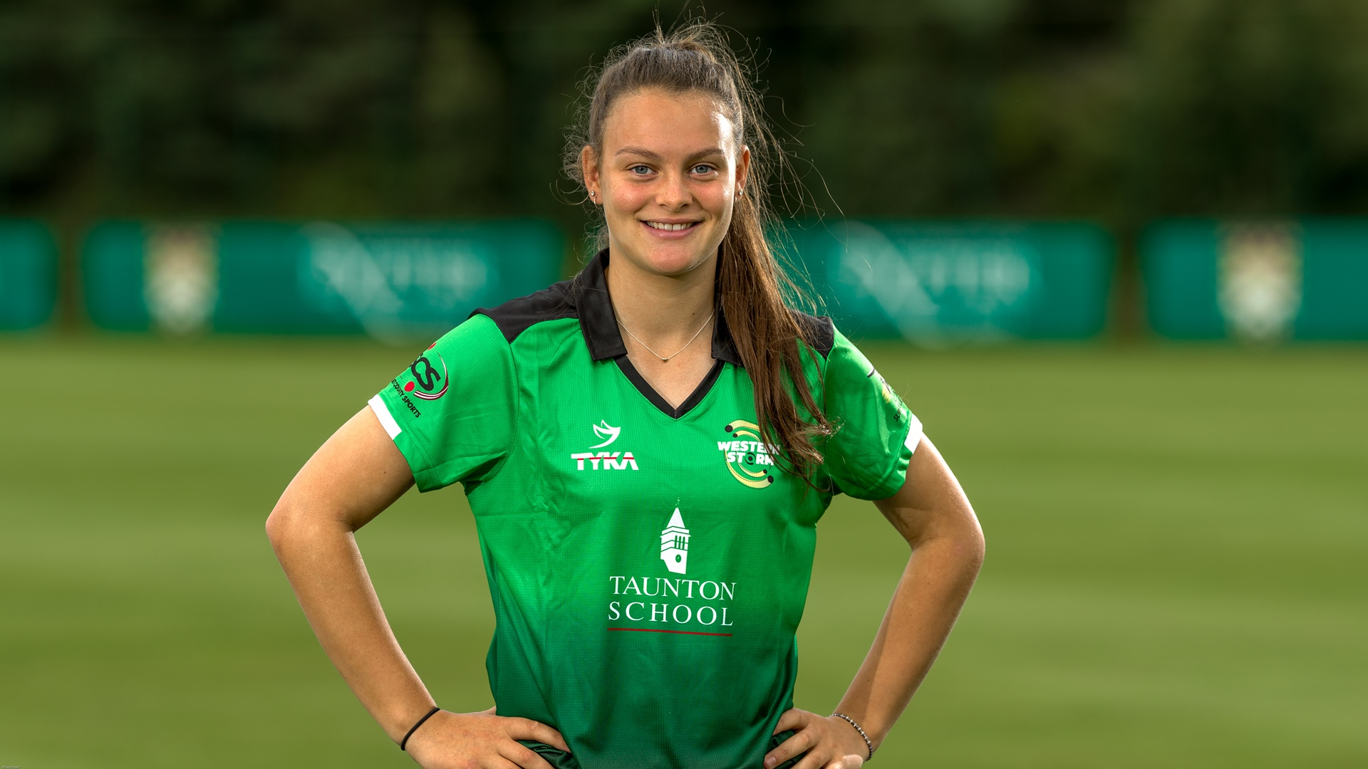 Gibson named in England Women's Academy squad
