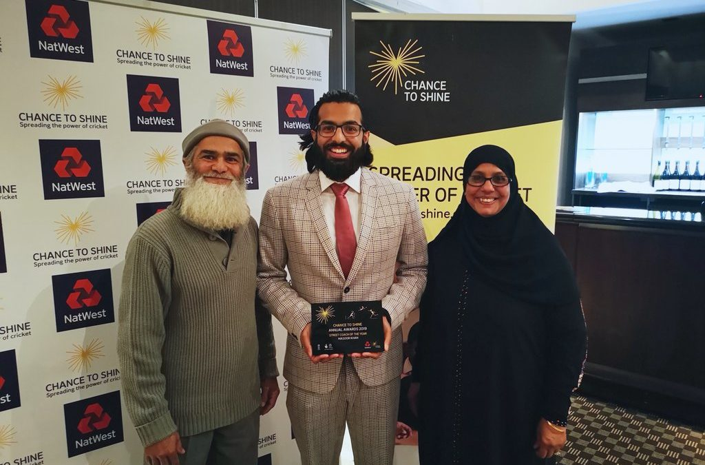 Khan scoops Chance to Shine Street Coach of the Year Award